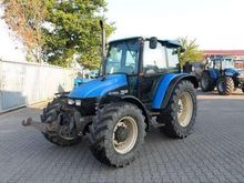 Used Ford 7635 in Cl