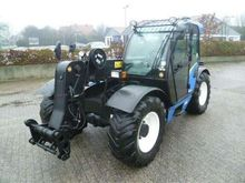 2011 New Holland LM 5060