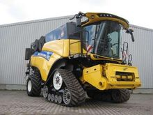 New Holland CR10.90 RAUPE TIER-