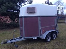 Used Horse trailer B