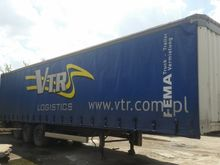 Krone semi-trailer curtainsider
