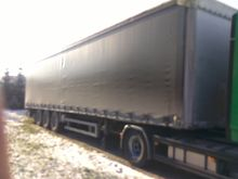 Humbaur semi-trailer curtainsid