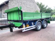 Central-trailer tipper