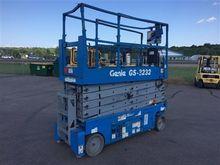 2008 Genie GS3232