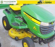 2008 John Deere X300 Lawn & Gar
