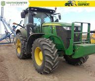2015 John Deere 7210R Row Crop