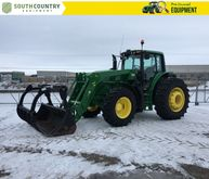 2015 John Deere 6150M Row Crop