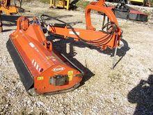 2004 Kuhn TB 211 Broyeur