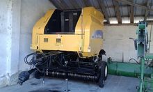2006 New Holland BR750A Round b