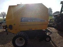 2009 New Holland BR 560