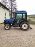 2002 New Holland TNV 75 Tracteu