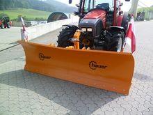 Hauer HS 2800 snow plow
