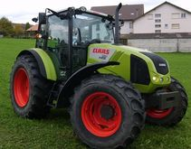 Claas AXOS 330 Tracteur