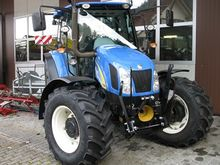 2010 New Holland 5060 DT