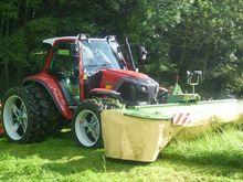 Lindner Lintrac 90 tractor
