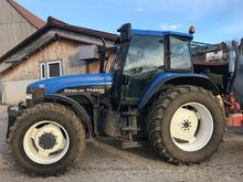 2002 New Holland TM 115 Tracteu