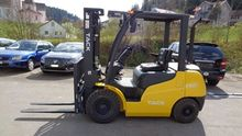 2.5 tons TACK forklifts