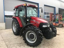 2004 CASE-IH JX1100U Tracteur