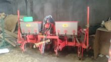 2001 Kuhn Planter Junior Nodet