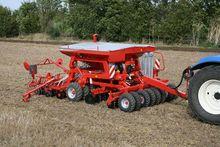 Kverneland MSC Universal Seeder