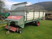Agrar LW330 Loading wagons