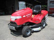 2015 Honda HF 2417 HT lawn trac