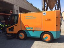 2007 MFH 2500 Suction Sweeper