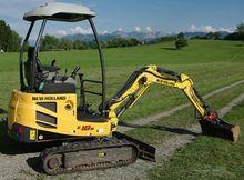 2011 New Holland E18B excavator