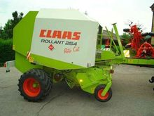 2005 Claas Rollant 254 Red Cut