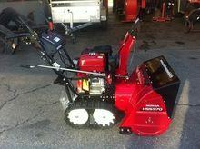 Honda HSS 970 T snow blower