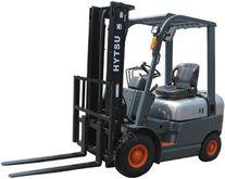 2012 Hytsu FD 18 T Forklift die