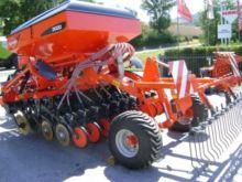2012 Kuhn SD Liner 3000