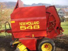New Holland 548 Round baler