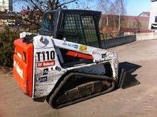 2012 BobCat T110 Crawler loader