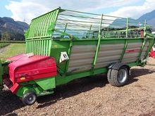 Agrar 262T loading wagons