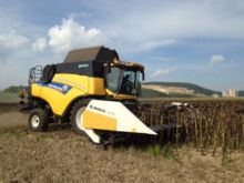2016 New Holland Moresil GB750
