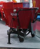 2015 Zago AVM ONE Mixer feeders