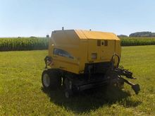 2009 New Holland BR 6090 Crop C