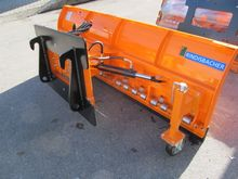 New Snow plows / sno