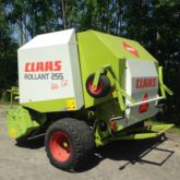2002 Claas Rollant 255 Press à