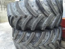 New Holland 800 / 75R32 DT830 W