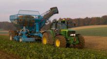 2014 753 Sugar beet harvesting
