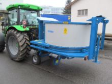 Straw chopper for round and squ