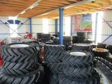 New Holland Complete wheels for