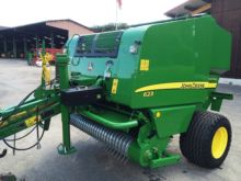 John Deere 623 With 14 knives,
