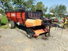 Bucher UNI T 29 K loading wagon