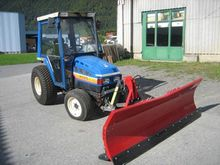 1990 Iseki TU 320 snow plow