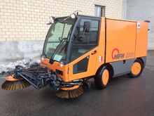 2002 Aebi MFH 2500 Street sweep