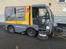2000 Aebi MFH 2200 Street sweep