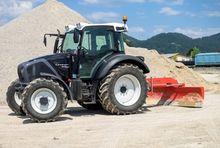 UNICUM 220 Bulldozer on tractor